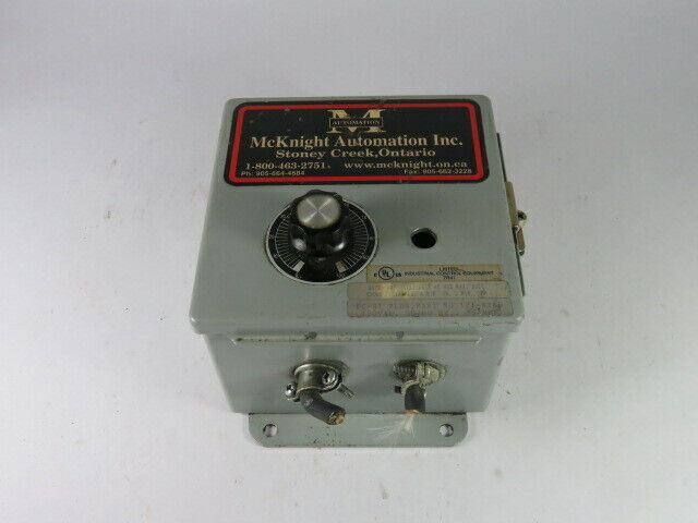 McKnight Automation 121-8260 Vibratory Feeder Controller 120VAC 50/60Hz  USED