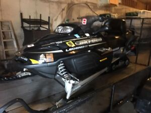 2004 Legend SE GT 700 & 20 Ft 2005 Steel Snowmobile Trailer