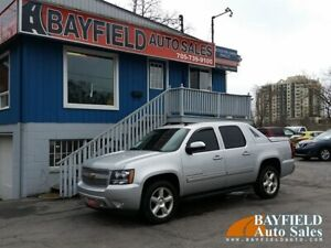 "2011 Chevrolet Avalanche LT 4x4 **Leather/Sunroof/20"" Wheels**"