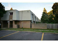 17 Old Pine Trail Unit 163, St. Catharines