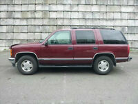 1998 GMC Yukon SLE 4X4 LEATHER SEATS------YEAR END CLEAROUT SALE