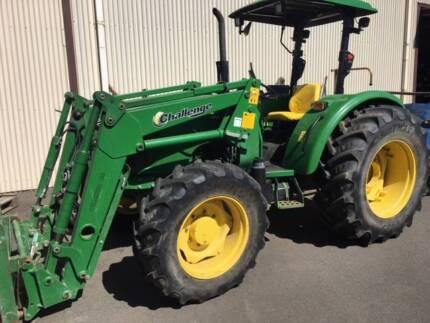 John Deere 5075E 4WD Tractor