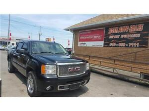 2007 GMC Sierra 1500 Denali ***4WD**FULLY LOADED**DVD**SUNROOF**