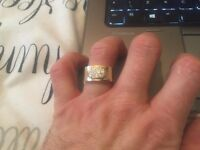 Amazing Solid 9ct Gold Ring - Brand New Never Worn - Was £450 Now Only £190