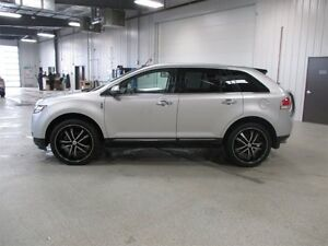 2013 Lincoln MKX AWD Navigation, Moon Roof Moose Jaw Regina Area image 4