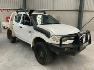 2010 Mitsubishi Triton MN MY10 GLX Double Cab White 5 Speed Manual Utility Boolaroo Lake Macquarie Area Preview