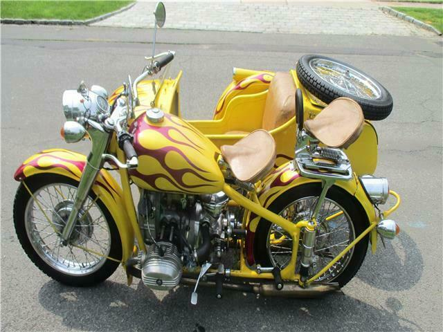 1968 CHANG JIANG CJ750 MOTORCYCLE & SIDE CAR CANDY APPLE PAINT