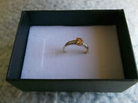 RING GENUINE DIAMOND GENUINE CITRINE10K SOLID GOLD