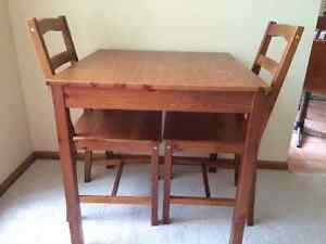 2 Seater Timber Dining Table Toowoomba Toowoomba City Preview