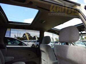 2002 Toyota Estima MCR30 Pearl White Automatic Wagon