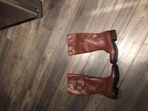 LEATHER CLARKS LADIES WINTER BOOTS