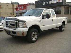 2006 Ford Super Duty F-350 SRW XLT 4X4