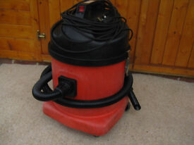Numatic NVQ 572-2 Industrial Commercial vacuum cleaner hoover