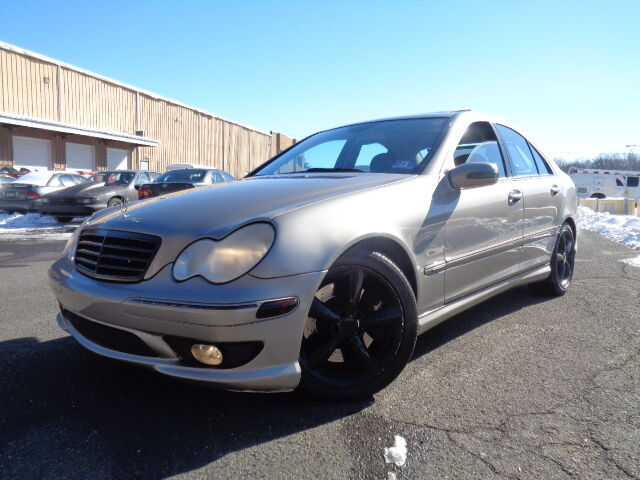 2006 mercedes benz c230 sport c32 c55 c240 c280 new gen for Mercedes benz 2006 c230 sport