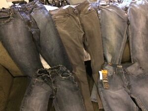 JEANS - ALMOST NEW