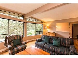 $3500 / 4br - 2400ft2 - Renovated North Vancouver Home (Canyon H North Shore Greater Vancouver Area image 2