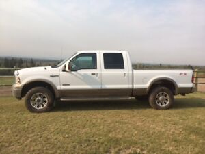 FORD F350 FOUR DOOR KING RANCH