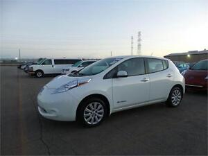 2015 Nissan Leaf S ONLY 11,397 MILES!