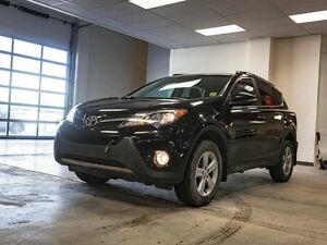 2014 Toyota Rav4 XLE, AWD, HEATED SEATS, TOUCH SCREEN, BACK UP C