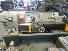 COLCHESTER TRIUMPH 2000 GAP BED CENTRE LATHE 50 INCHS DRO EX COLLEGE