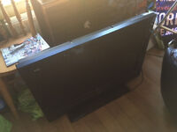 "Sanyo 32"" LCD HDTV for Sale"