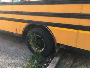 1999 GMC School Bus, Want it gone Windsor Region Ontario image 2