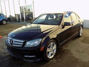 2011 Mercedes-Benz C-Class AWD/LEATHER SEATS/SUNROOF/HEATED SEAT
