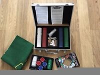 Cards & Poker - Texas Hold Em - Aluminium case with cards & chips, extra chips in a separate box