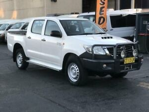 2015 Toyota Hilux KUN26R MY14 SR (4x4) White 5 Speed Automatic Dual Cab Pick-up Revesby Bankstown Area Preview
