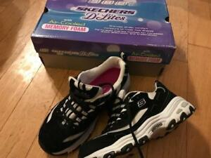 size 7.5 sketchers