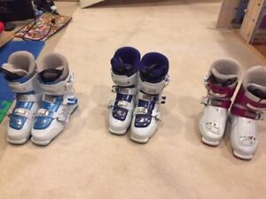 Nordica Youth ski boots   21.5  23.5