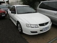 2004 Holden Commodore VZ Executive White 4 Speed Automatic Sedan Tottenham Maribyrnong Area Preview