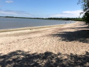 Hecla IsLand Lakefront Cottage Rental - Fall Specials