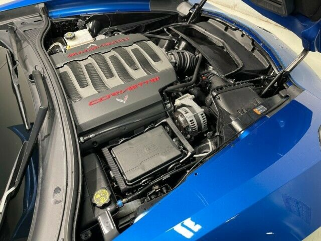 2014 Blue Chevrolet Corvette Convertible 3LT | C7 Corvette Photo 4