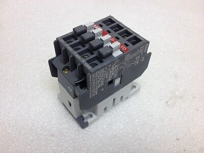 ABB Contactor A9-30-10, 3PST-NO, 230VAC, 7A, Barely Used