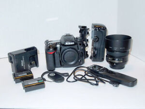 Nikon D7000, Battery grip, 50mm f1.8 lens and accessories