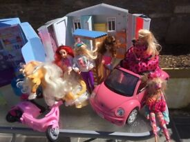 Barbie. Dolls, Toys and clothes.