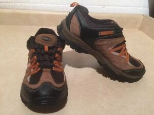 Women's North 49 Hiking Shoes Size 10 London Ontario image 3