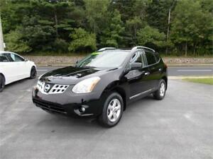 2013 NISSAN ROGUE AWD...LOADED!!! BLUETOOTH AND SUNROOF!!