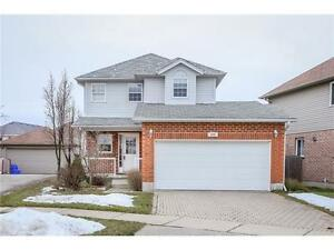 QUIET CUL DE SAC LOCATION - TWO STOREY & 2X CAR GARAGE