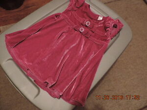 Girl's Size 24months Holiday/Party Dresses London Ontario image 2