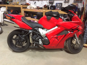 2005 vrf 800 Cleanest bike you will find.  Very Low K.
