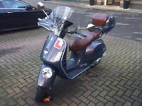 2007 Vespa GTV 125: 1900 miles, Top-case, Aftermarket Windscreen, Cover, Battery Charger
