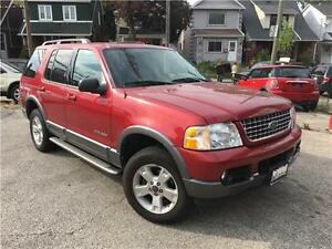 2004 Ford Explorer XLT, Leather, Sunroof, Third Row!