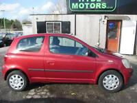 TOYOTA YARIS 1.0 VVTi Colour Collection 3dr (red) 2003