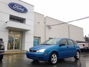 2007 Ford Focus SES with Leather, Heated Seats, Moonroof