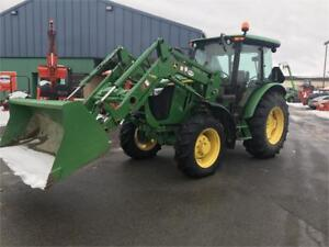 2014 JOHN DEERE 5085 WITH CAB AND LOADER LOW HOURS