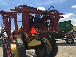 2005 Hardi Commander Plus 1200 Pull Type Sprayer London Ontario image 7