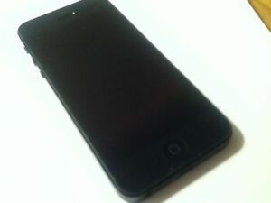 Apple Iphone 5 16Gb [Matte Black] Rogers and Chatr