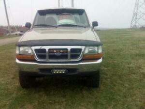 2000 Ford Ranger XLT Pickup Truck